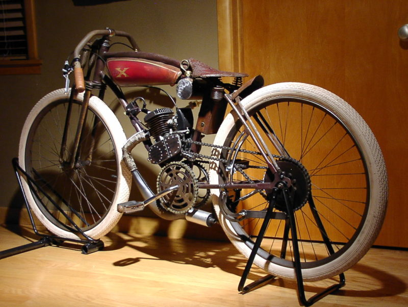 KGrHqFHJEQFHh8GHI0BR7k7YI0w60 3 Year 2013 Make Design Studio Excelsior Replica Model 1914 Board Track Racer